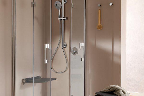 Tuš kada i kabina (Kuhinje i kupaonice br.53)
